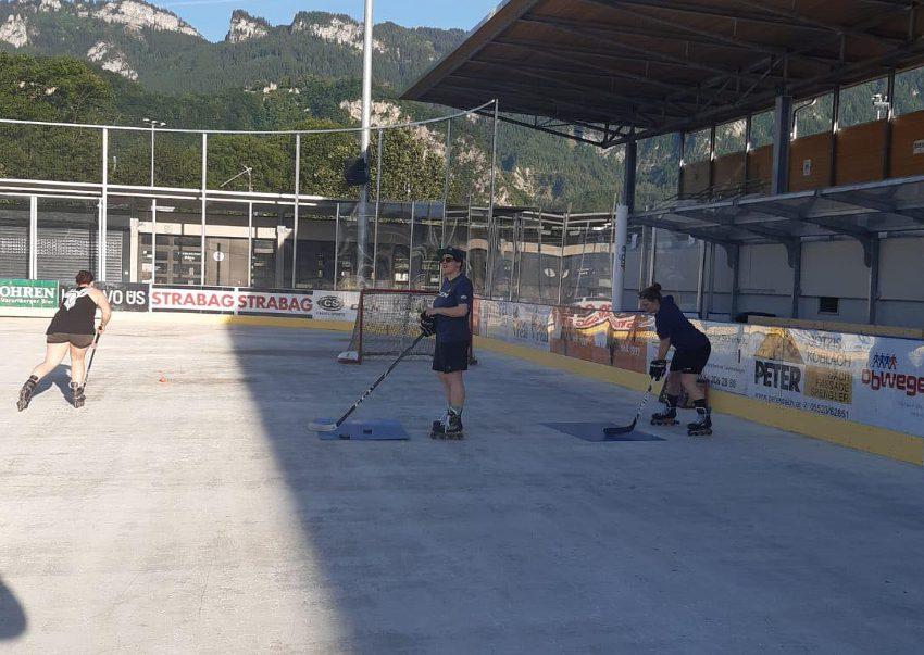 Auch Emser Hockeyladies im Sommertraining